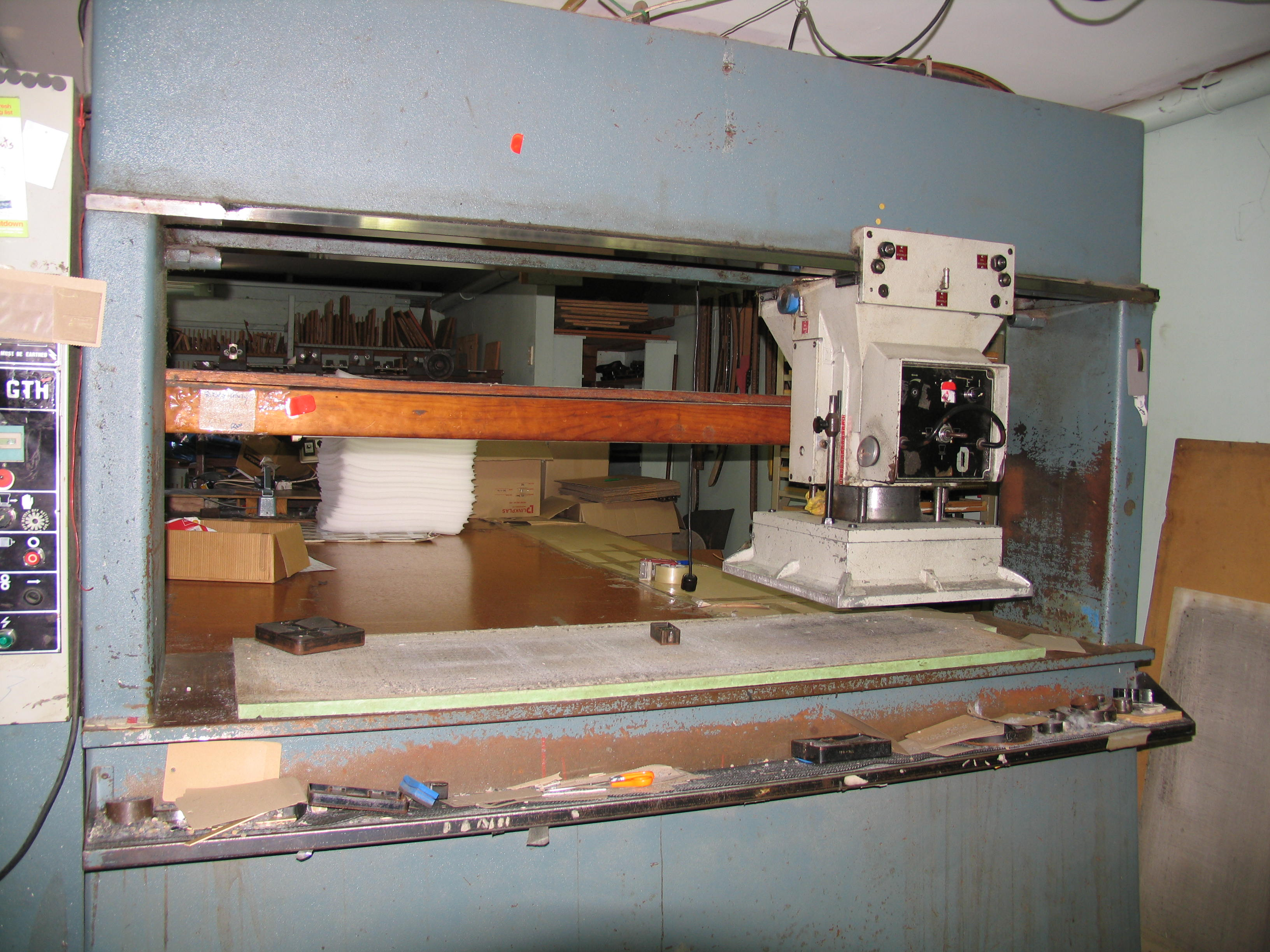 central-cutting-006